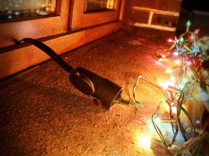 Szybkie podłączenie dekoracji świątecznych